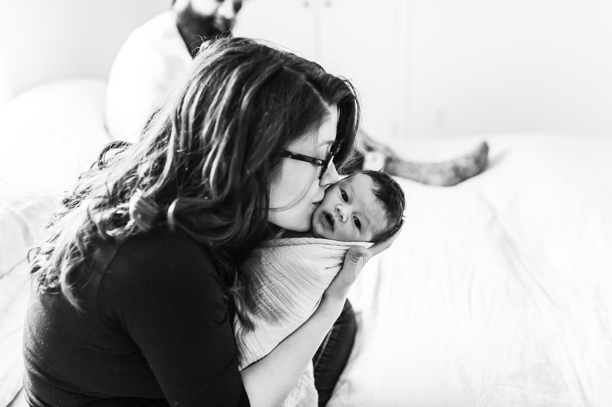 mama kissing baby in newborn lifestyle session, brooklyn, manhattan, bronx, ny